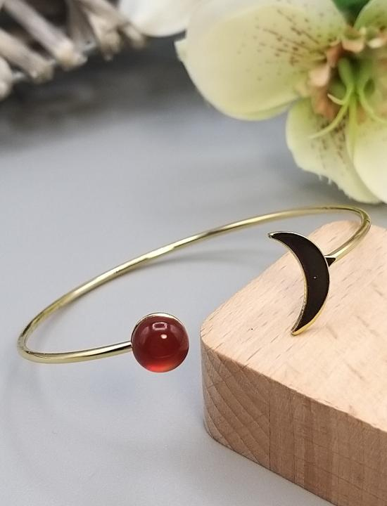 Bracelet lune doré et pierre gemme Cornaline