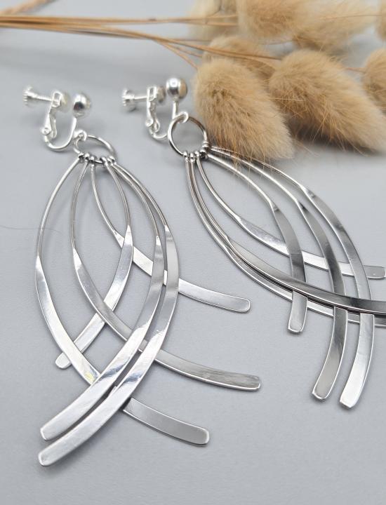 Clips d'oreilles fantaisies pendantes courbées en laiton argenté